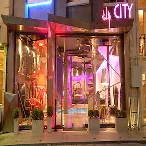 Beyoğlu Pera Tulip City Otelde Kahvaltı Dahil Konaklama