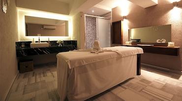 Alesta Yacht Hotel'de Masaj Keyfi ve Spa Kullanımı